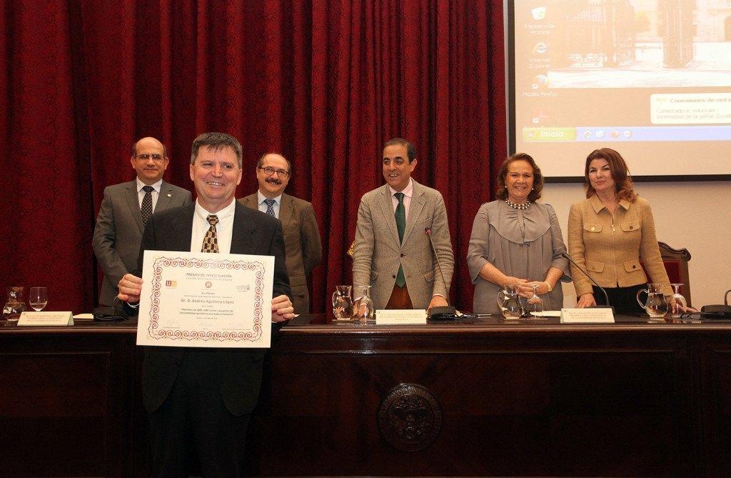 El jurado ha estado formado por la presidenta del Consejo Social, Concha Yoldi, y el vicerrector de Investigación, Julián Martínez, entre otros