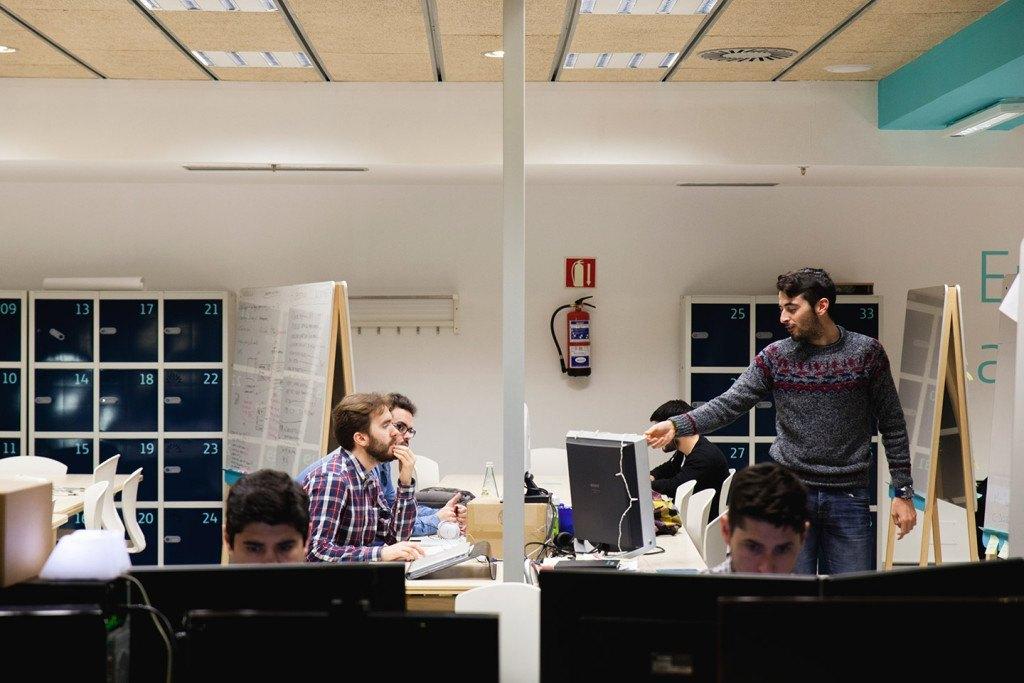 En la imagen, los creadores de DiggerApp, una aplicación que agiliza la toma de decisiones en grupo