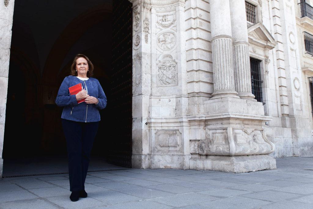 Concha Yoldi fue nombrada presidenta del Consejo Social en sustitución de Isabel Aguilera, que había finalizado su mandato